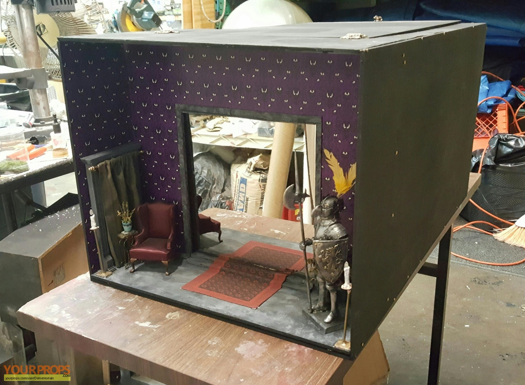 Endless Hallway Haunted Mansion made from scratch