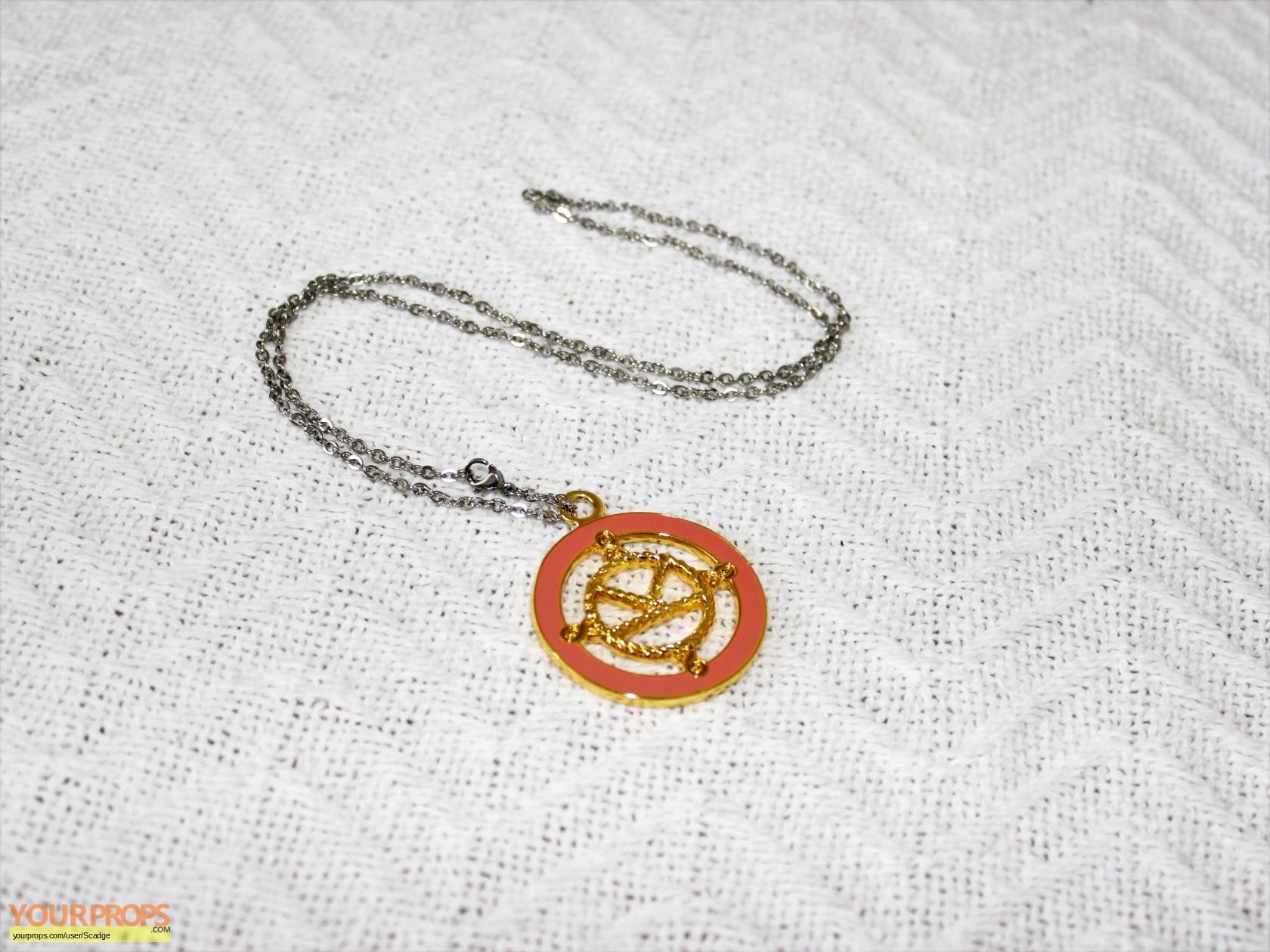 Kingsman: The Secret Service Kingsman Medal of Valor replica
