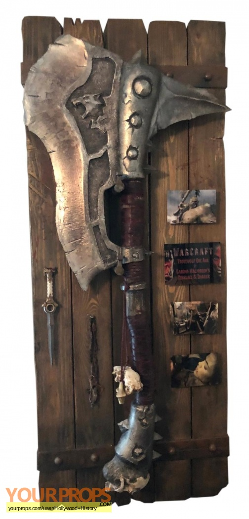 Warcraft Frostwolf Orc Axe Garona S Dagger And Tusk Necklace