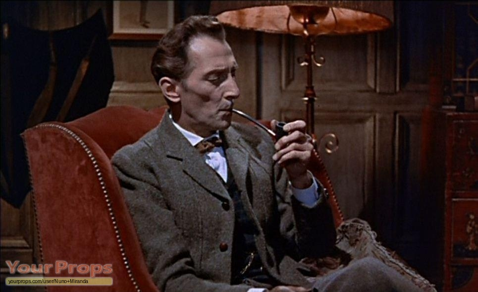 The Hound of Baskervilles Pipe used by Peter Cushing as Sherlock ...