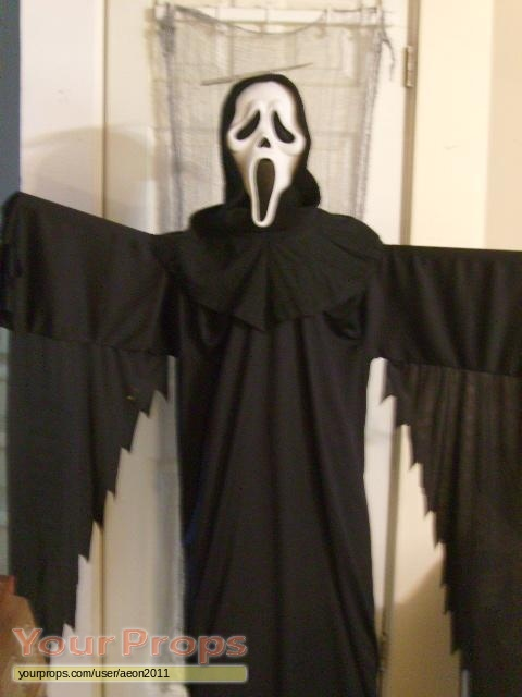 Scream 4 scre4m halloween horror nights ghostface costume replica movie costume for Comcostume halloween homme original