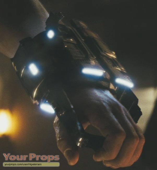 Cowboys & Aliens Alien Gauntlet Weapon replica prop weapon