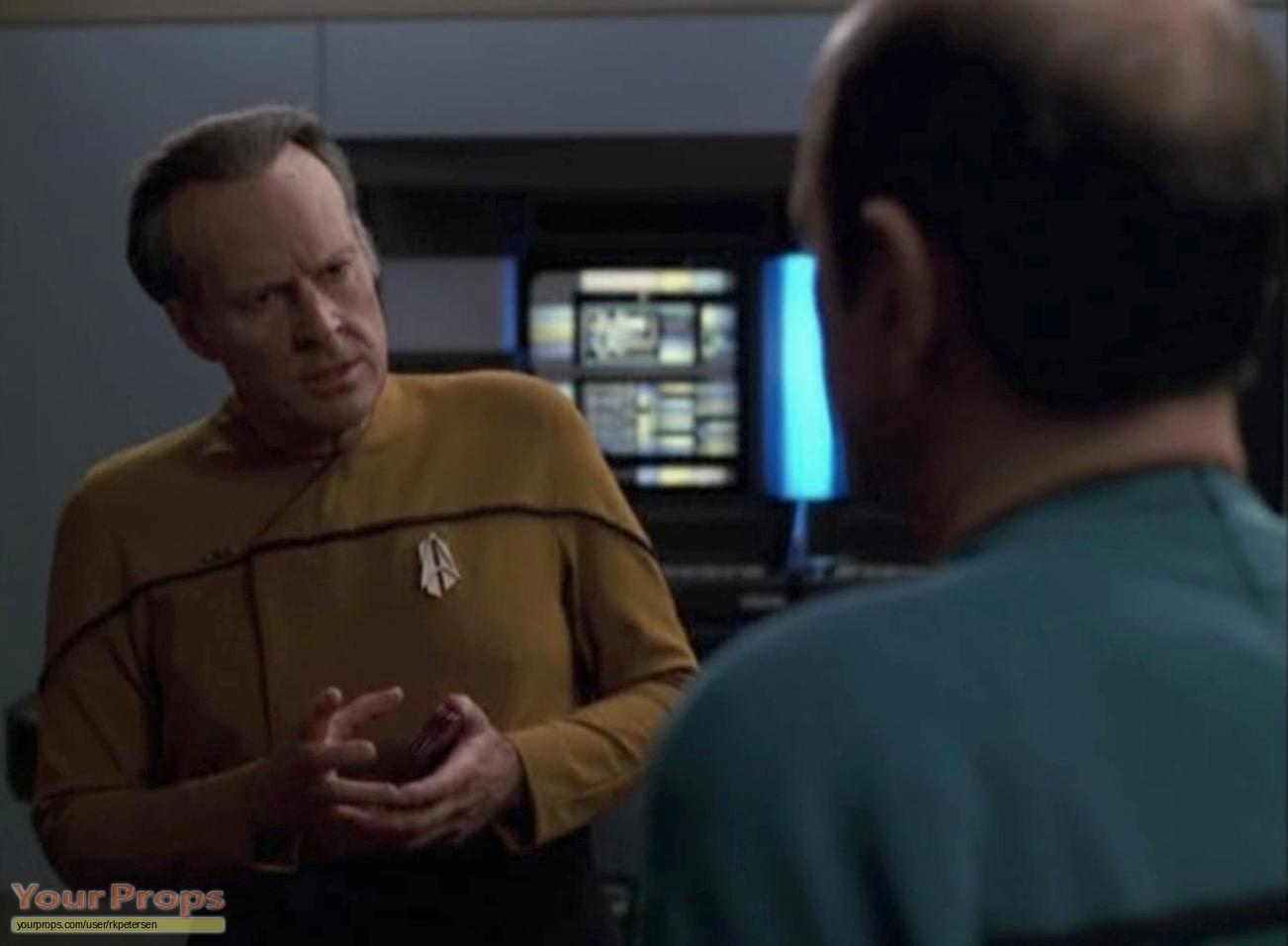 an introduction and an analysis of star trek the original series It later acquired the retronym of star trek: the original series (star trek: tos or simply tos) to distinguish the show within the media franchise that it began who are killed or injured soon after their introduction.