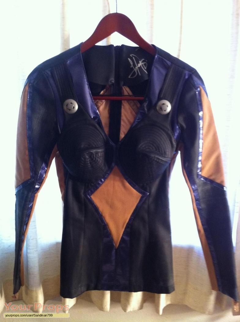 andromeda rommie season 5 hero costume autographed. Black Bedroom Furniture Sets. Home Design Ideas
