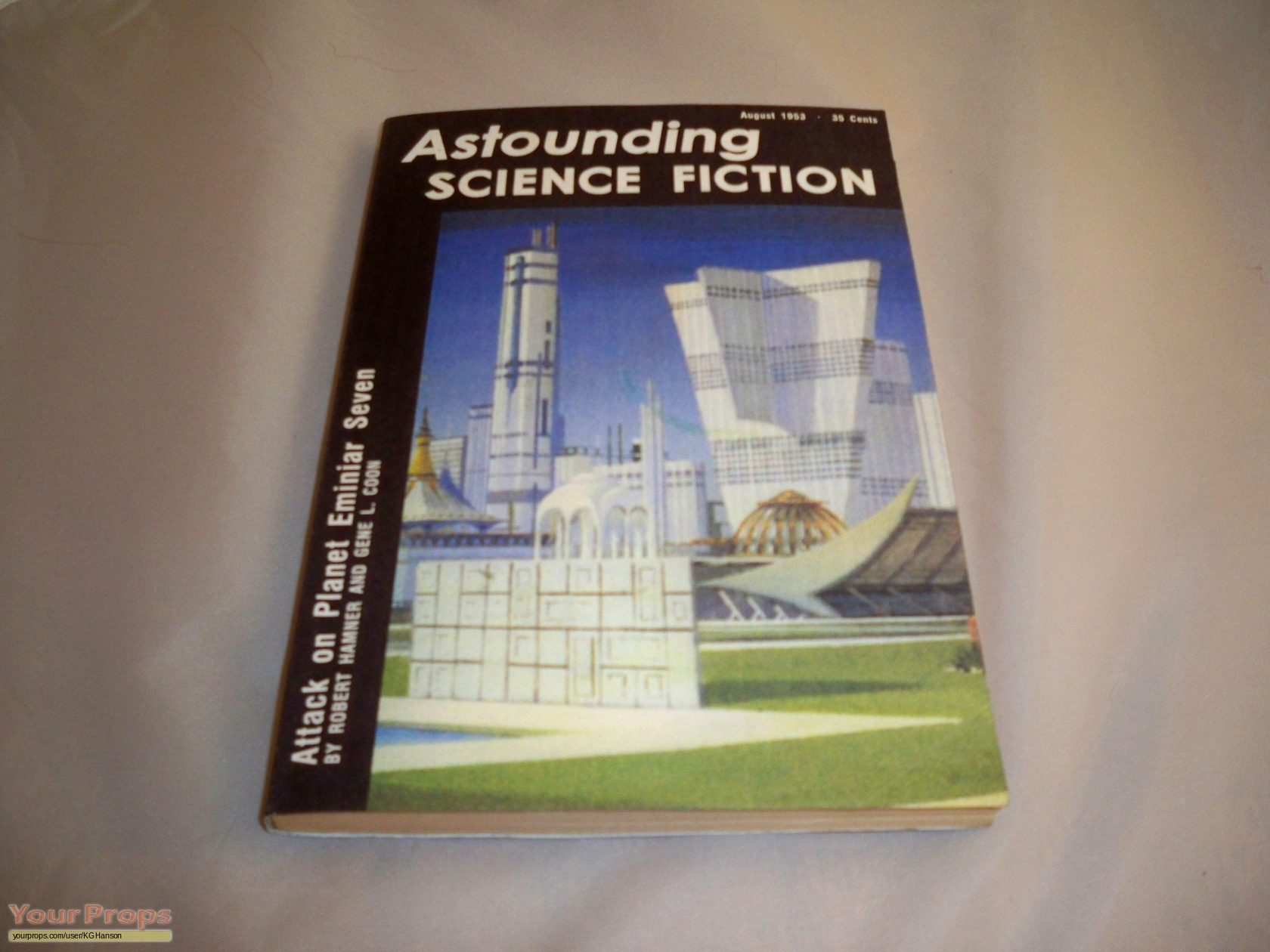 Star trek: deep space nine, 'astounding science fiction' - prop book