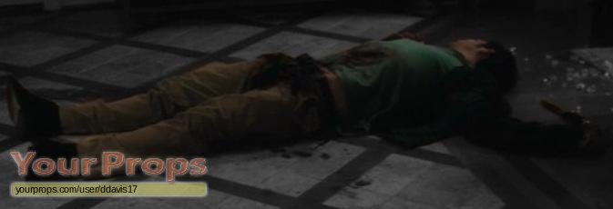 Scream 4 / Scre4m Trevor Sheldon death bloody costume