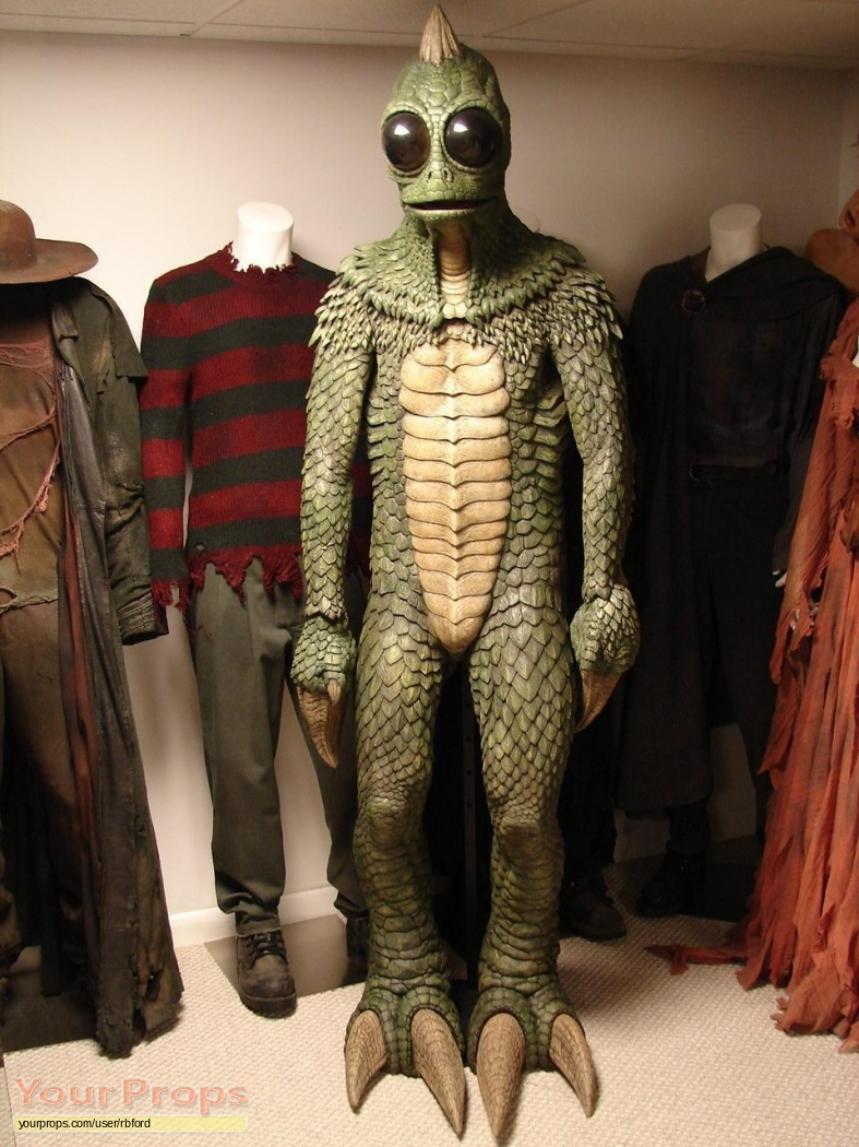 land of the lost complete screen used sleestak costume. Black Bedroom Furniture Sets. Home Design Ideas