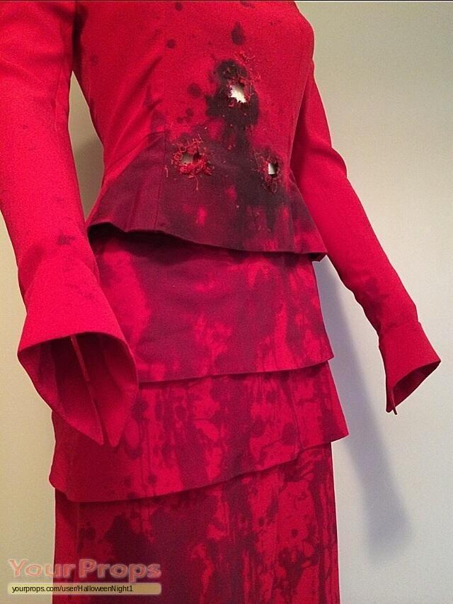 inglourious basterds m233lanie laurent hero bloody red dress