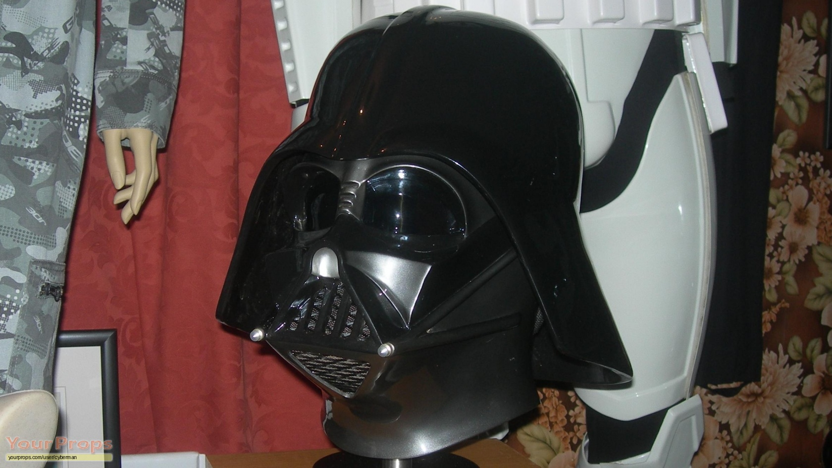 how to create a darth vader helmet