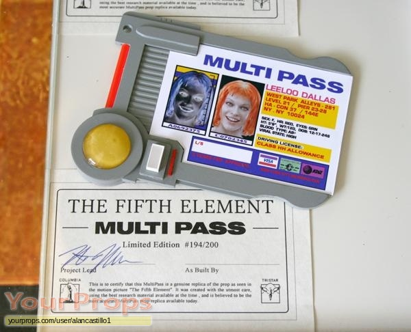 Fifth Element, The (5th) (1997), Leeloo Dallas Multipass, other replicas